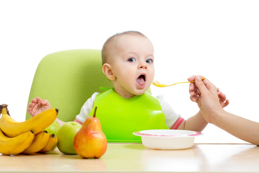 Cara Kreatif Agar si Kecil Lahap Makan Buah